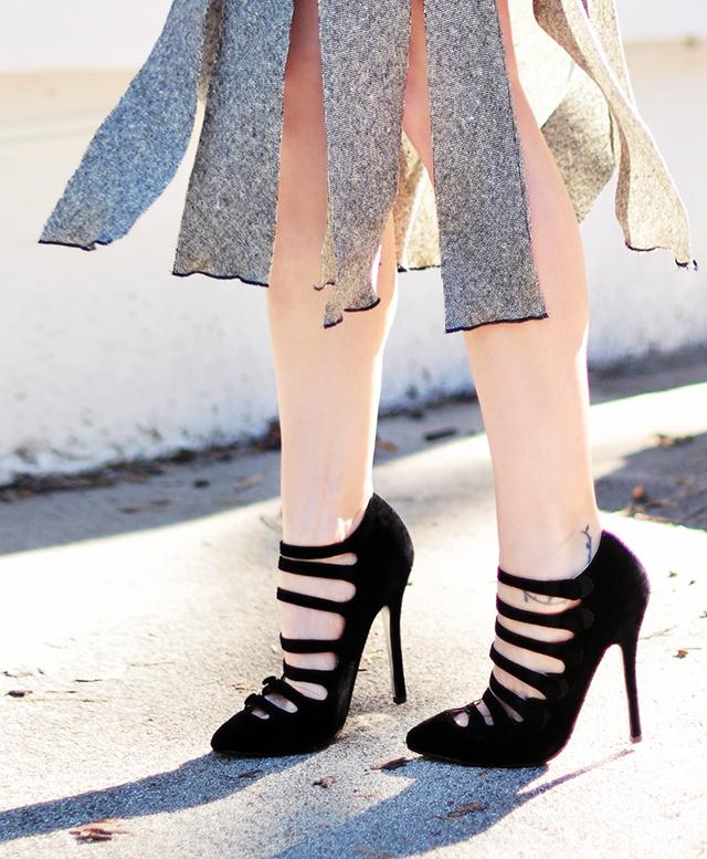 Carwash-pleat-skirt-DIY-Velvet-strap-heels